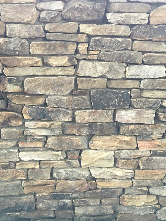Mountain View Ford >> Stone, Flagstone, Veneer, Boulders for paving, walls, and ...